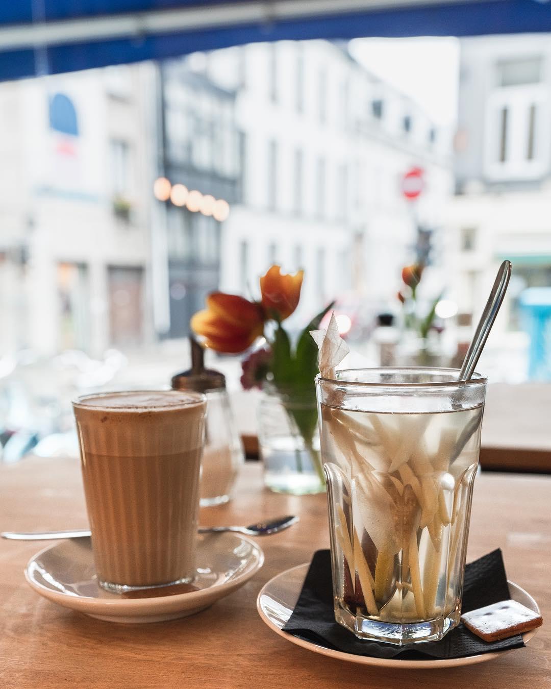 laboitedallumettes-anvers-travel-trip-citytrip-momu-mas-stroom-wasbar-laverie-tartines-déjeuner-petitdéjeuner-diner-experience-belgium-map-port-bar-restaurant