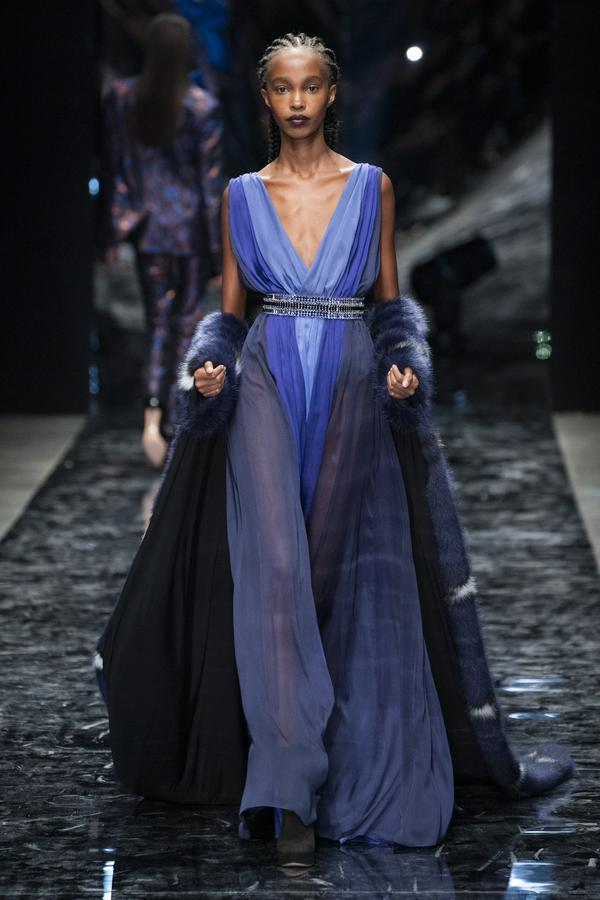 la-boite-d-allumettes-paris-fashion-week-azzaro-defile-haute-couture-printemps-ete-2019