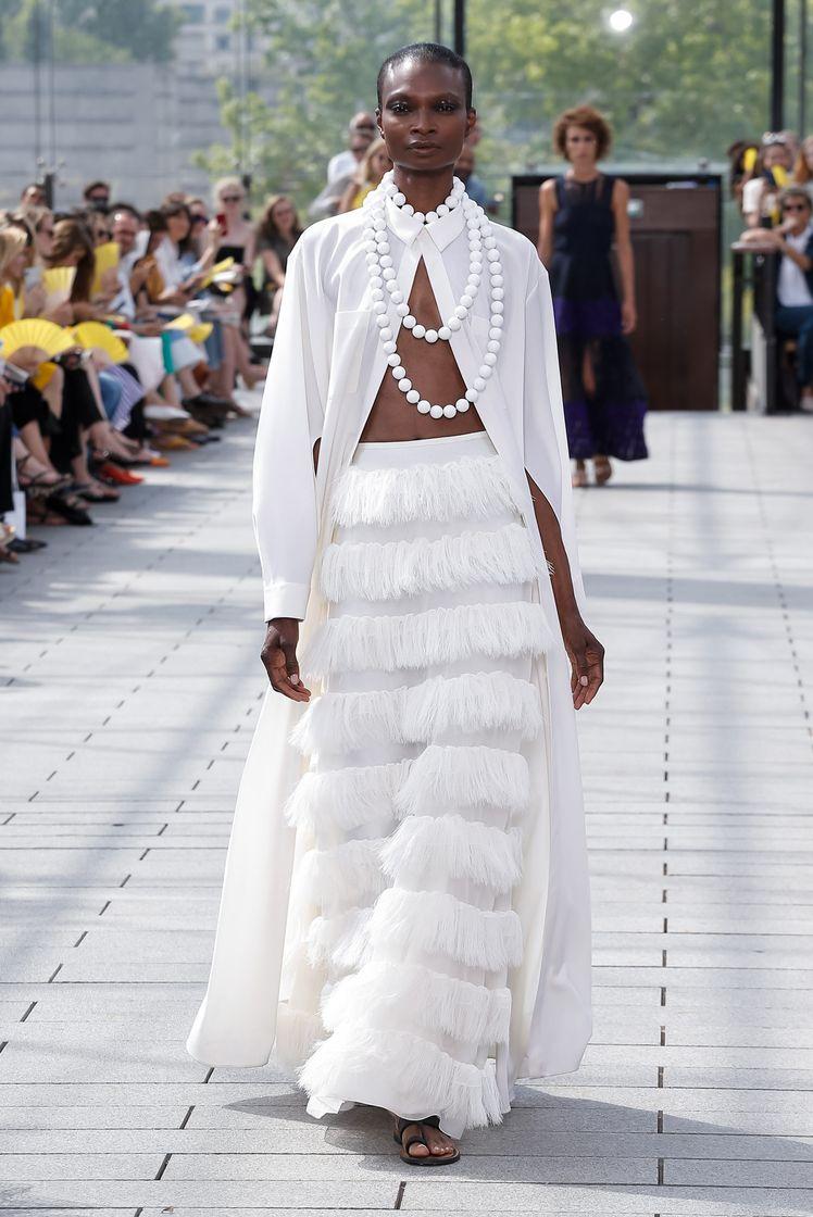 la-boite-d-allumettes-paris-fashion-week-haute-couture-maison-rabih-kayrouz-now-fashion-credit-regis-colin-berthelier-looks