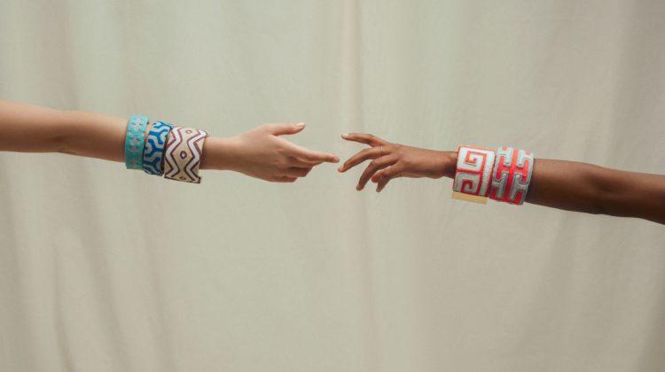 la-boite-d-allumettes-paris-fashion-week-molla-sasa-credit-carmen-triana-hands
