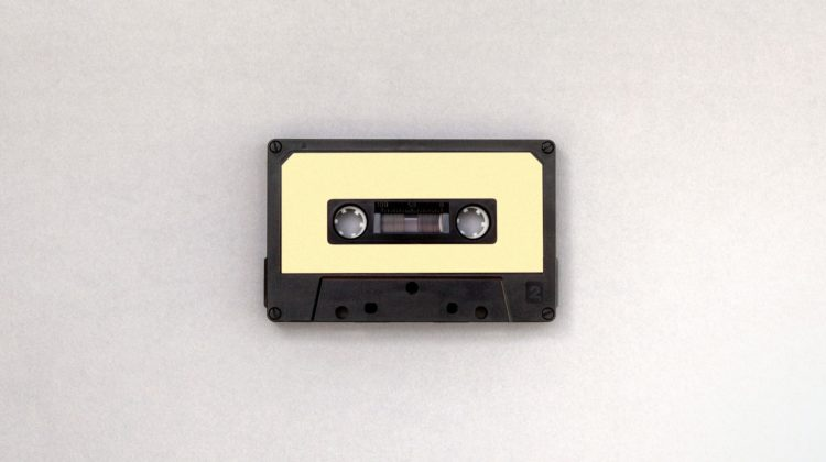 la-boite-d-allumettes-playlist-confinement-confi-paris-europe-music-musique-cassette-credit-namroud-gorguis-unsplash